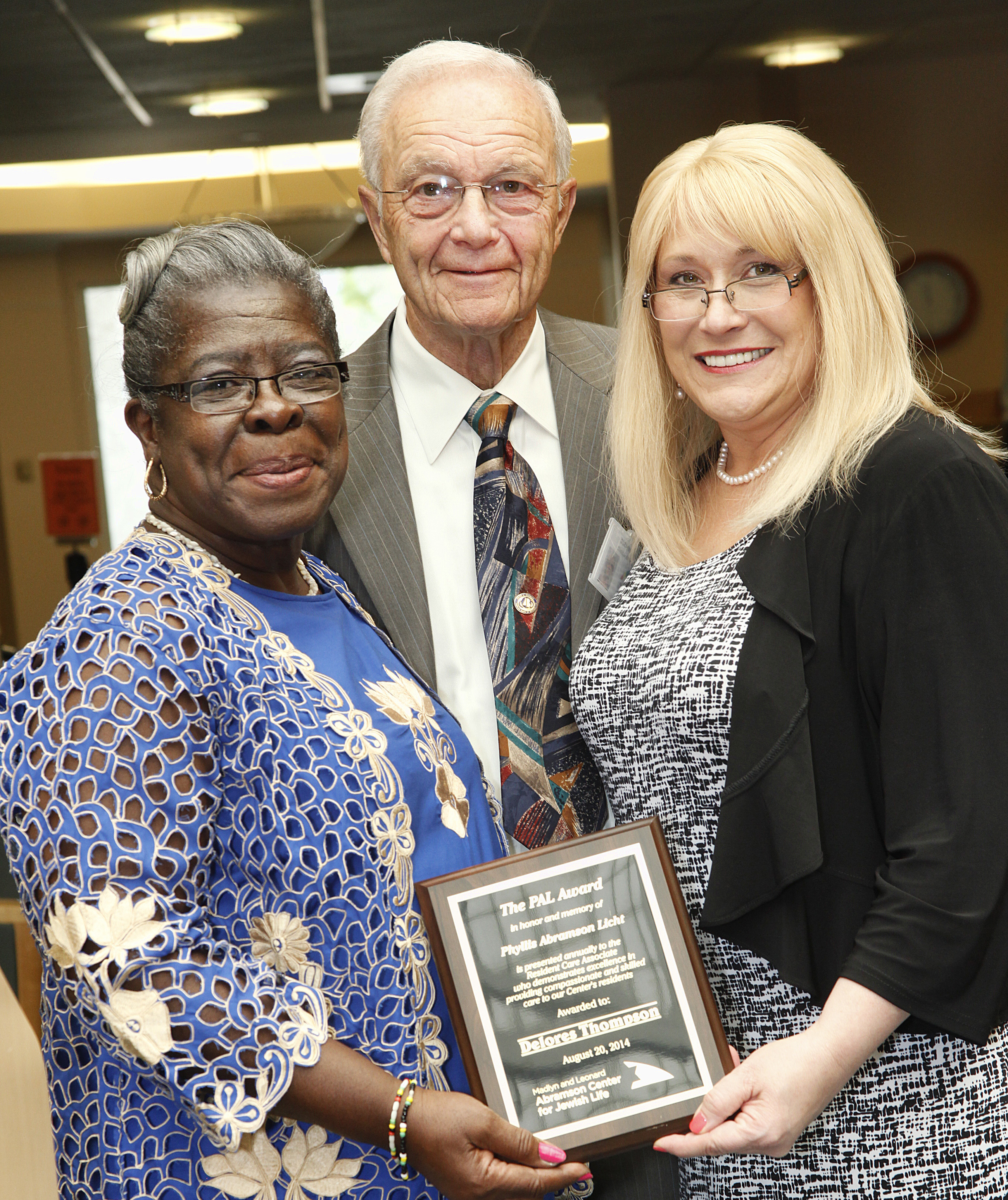Abramson Center Honors Exceptional Caregiver