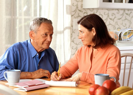 Checklist: Senior Care Management Questions to Ask When Hiring