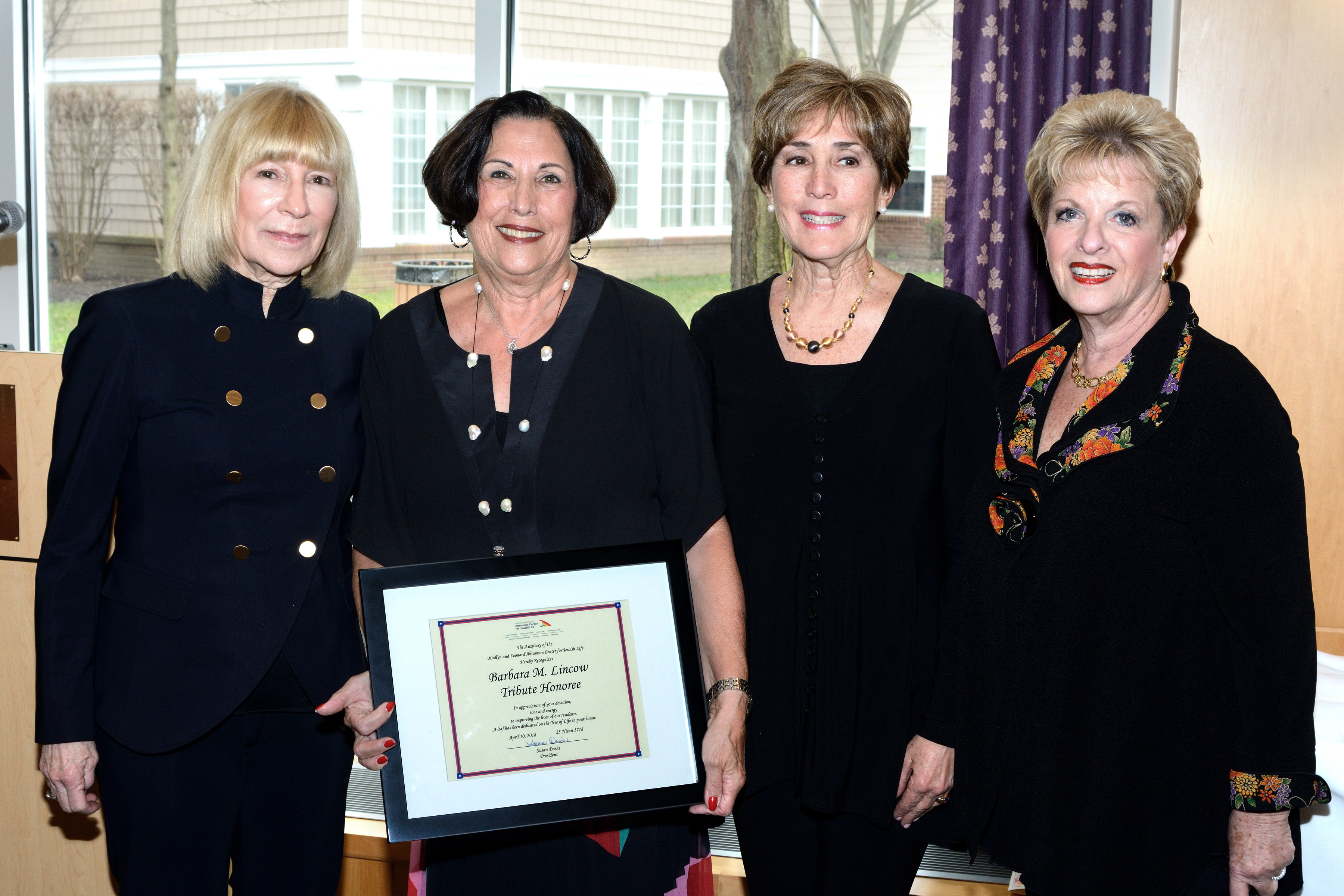 Barbara Lincow Recognized by Abramson Auxiliary